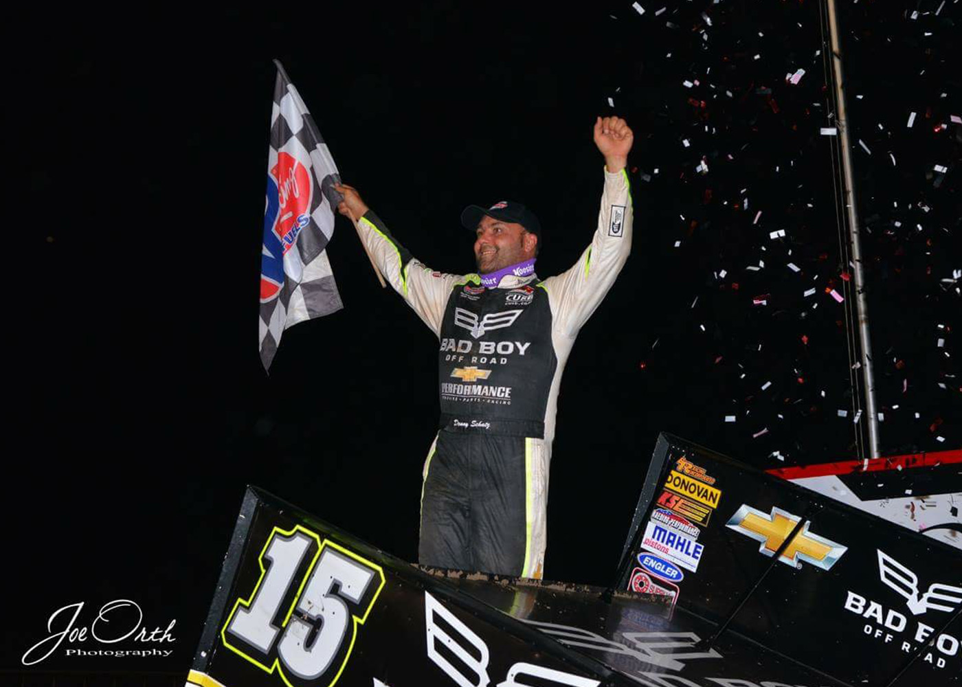 Schatz Finishes Second at Knoxville Nationals