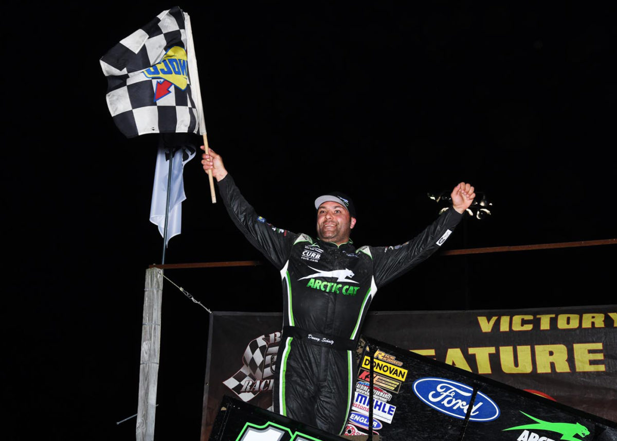 Schatz Ends Thunderbowl Winless Streak With Late Surge
