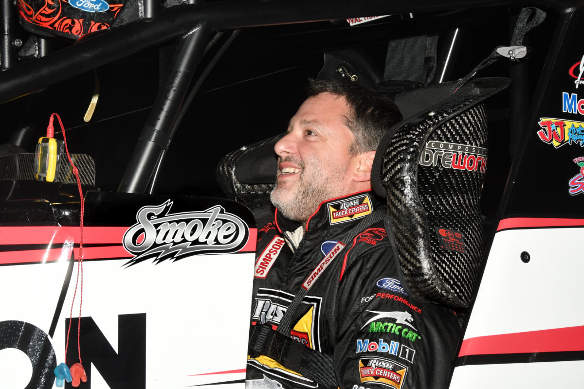 Tony Stewart back on the podium; Finishes second with USCS at North Alabama