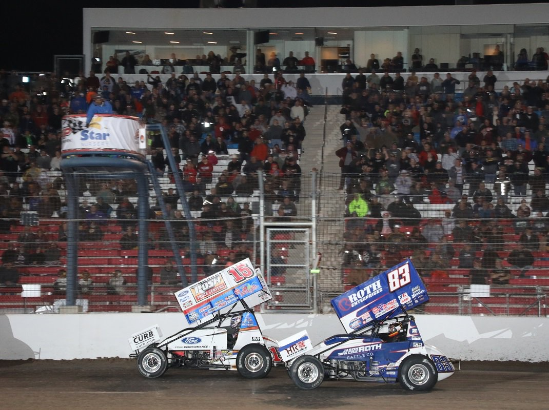 Donny Schatz uses last lap pass to earn $10,000 jackpot in Las Vegas