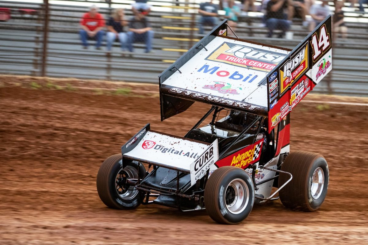 Tony Stewart caps Thunder Through The Plains with four top-ten finishes