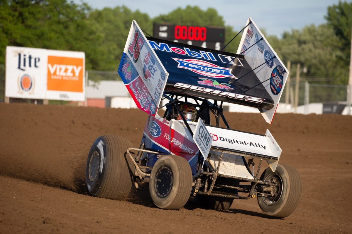 Schatz scores three consecutive top-fives, climbs to second in WoO championship points