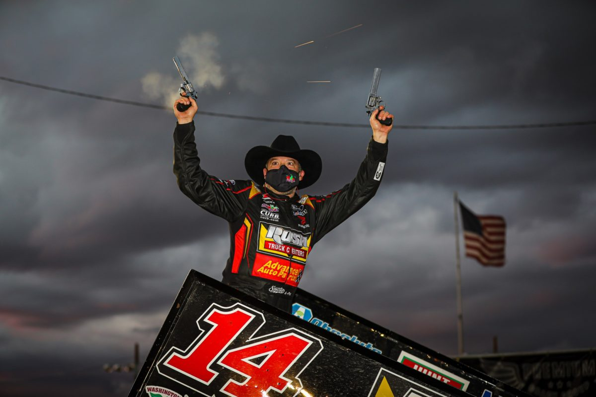 Tony Stewart concludes Arizona Speedway visit with Wild Wing Shootout finale win worth $10,041